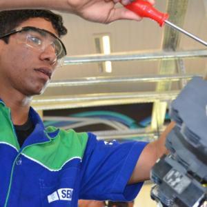 Alfag do Brasil celebra o Dia do Técnico Industrial